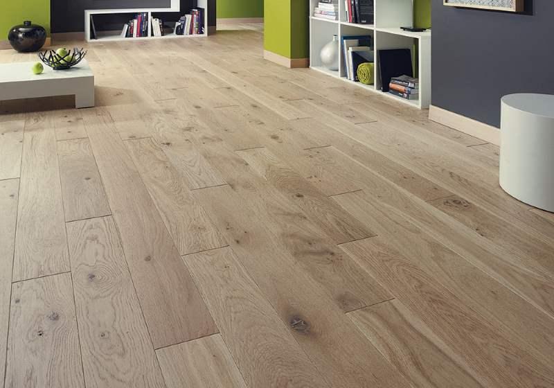Onderhoud houten vloer alleen een vakman doet uw houten vloer